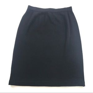 St. John Basics Santana Knit Black Skirt Sz 8